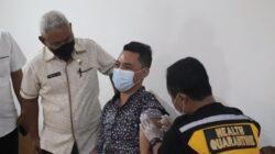 117 Pengungsi Luar Negeri di Kota Kupang Disuntik Vaksin Covid-19