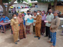 Pemdes Ma'ubasa Kembali Salurkan BLT bagi 103 KPM di Kabupaten Ende