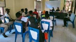 35 Nelayan Desa Ma'ubasa Ende Terima Kartu Kasuka dari KKP